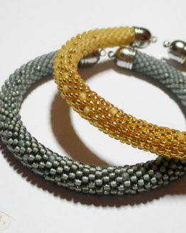 Браслет из бисера золотой и серебряный