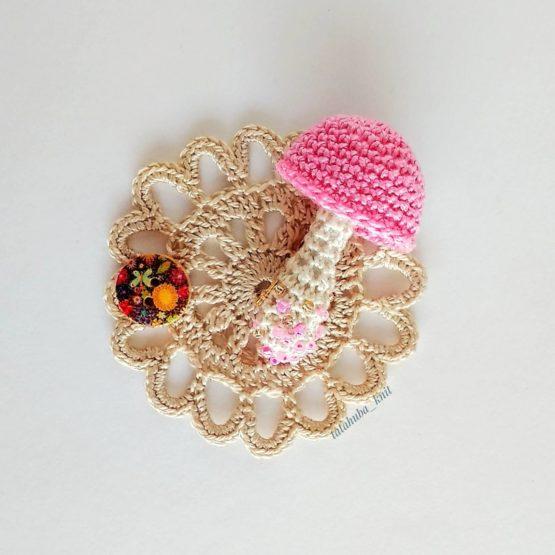 """Брошь """"Модный гриб"""" розовый"""