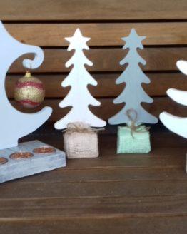 новогодние елки из дерева