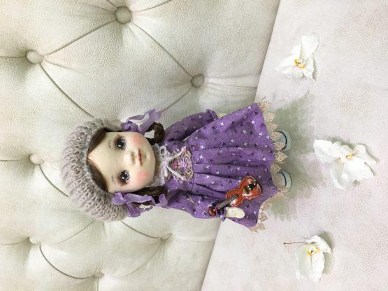 интерьерная кукла в шапочке